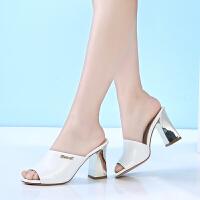 GEMEIQ/戈美其夏季新款欧美时尚套脚露趾方根纯色女凉鞋