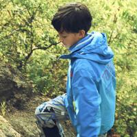 探路者童装 男女童拼色印花三合一套羽绒冲锋衣服