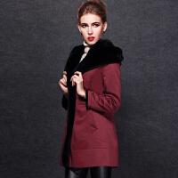 宝字号中老年大码保暖加厚尼克服女獭兔内胆中长款皮毛一体女外套