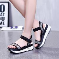 GEMEIQ/戈美其夏季新款露趾鞋松糕跟休闲系带厚底高跟女凉鞋