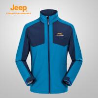 Jeep/吉普 男士户外服休闲运动软壳衣防风衣登山服J651010312