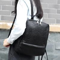 玛罗士 包包女包新款2017欧美风双肩包时尚简约学生包鳄鱼纹女士背包